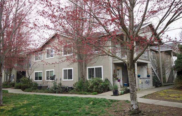 3149 Forest Hills Drive 1,2,5,6, Medford, OR 97504 (MLS #220120003) :: Bend Homes Now
