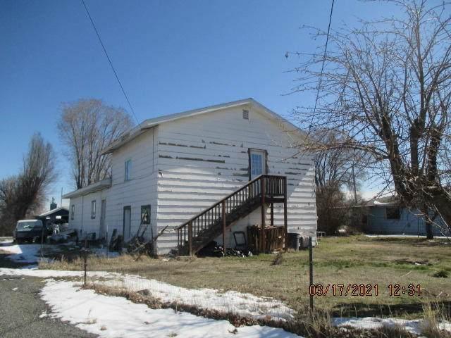 438 N Garfield Street, Merrill, OR 97633 (MLS #220120104) :: The Riley Group