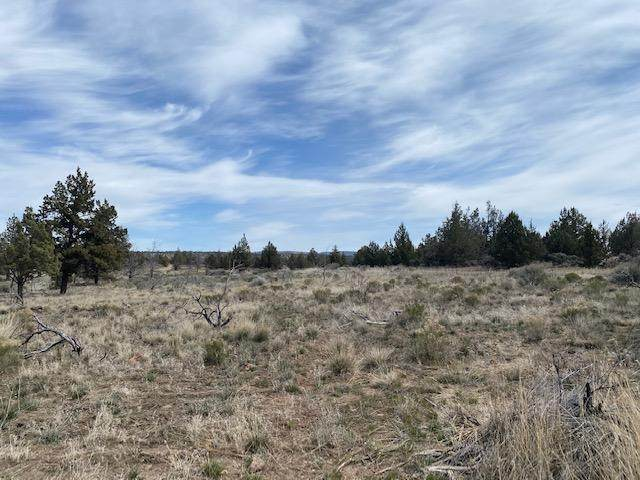 Lot 7 10th St, Madras, OR 97741 (MLS #220120211) :: Premiere Property Group, LLC