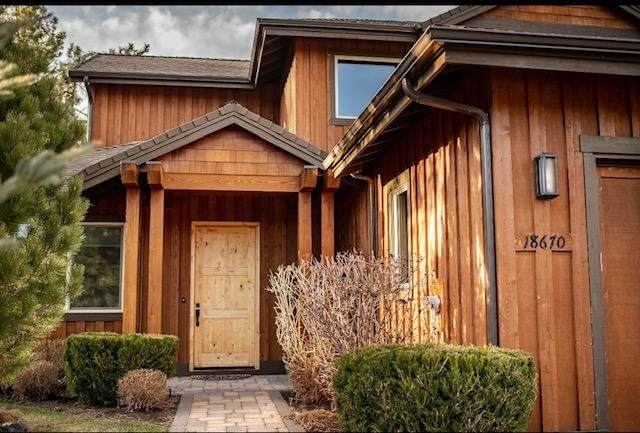 18670 Coffee Court, Bend, OR 97702 (MLS #220120732) :: Chris Scott, Central Oregon Valley Brokers