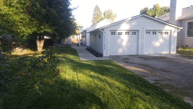 819-823 S Peach Street, Medford, OR 97501 (MLS #220120930) :: Vianet Realty