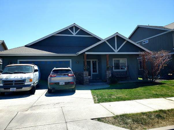 2834 SW Indian Place, Redmond, OR 97756 (MLS #220121236) :: Coldwell Banker Sun Country Realty, Inc.