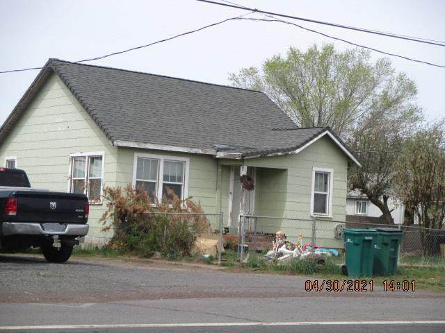 3949 Greensprings Drive, Klamath Falls, OR 97601 (MLS #220121645) :: Bend Relo at Fred Real Estate Group