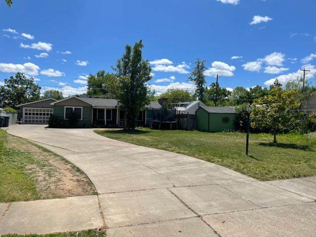 847 Palm Street, Medford, OR 97501 (MLS #220122212) :: The Ladd Group