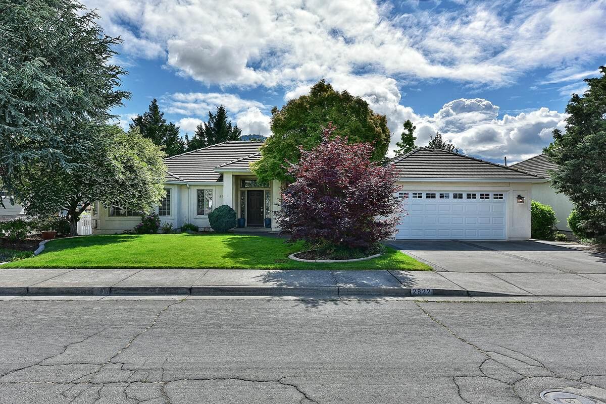 2822 Kerrisdale Ridge Drive - Photo 1