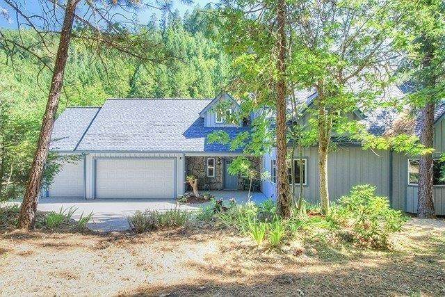 3891 Granite Hill Road, Grants Pass, OR 97526 (MLS #220124284) :: The Ladd Group