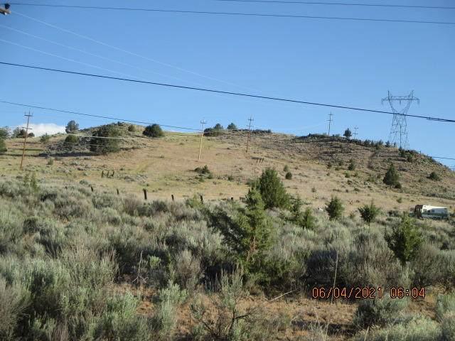 lot 402 Frontage Road, Klamath Falls, OR 97601 (MLS #220124307) :: Chris Scott, Central Oregon Valley Brokers