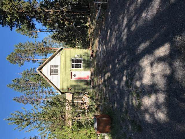 51313 Welch Road, La Pine, OR 97739 (MLS #220127935) :: Arends Realty Group