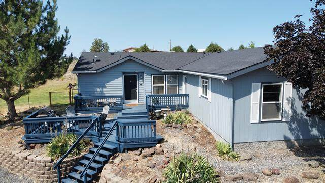 8645 SW Panorama Road, Terrebonne, OR 97760 (MLS #220128261) :: The Ladd Group