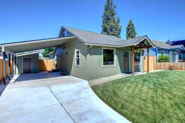 519 Pearl Street, Medford, OR 97504 (MLS #220128405) :: Keller Williams Realty Central Oregon