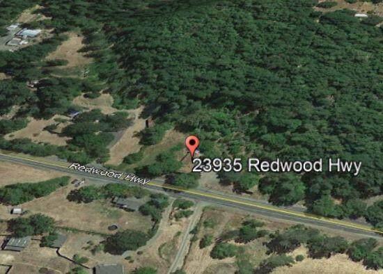 23935 Redwood Highway, Kerby, OR 97531 (MLS #220129147) :: Stellar Realty Northwest