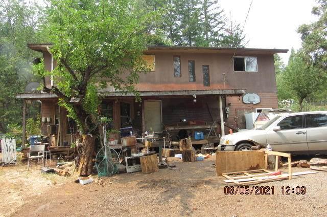 6481 Highway 227, Trail, OR 97541 (MLS #220129682) :: Chris Scott, Central Oregon Valley Brokers