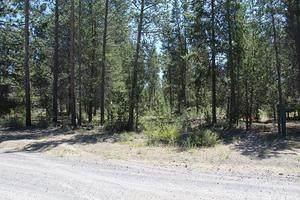 0 Ahern Drive, La Pine, OR 97739 (MLS #220130275) :: Bend Homes Now