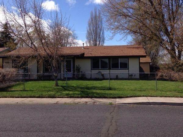 4402 Hope Street, Klamath Falls, OR 97603 (MLS #220131396) :: Arends Realty Group