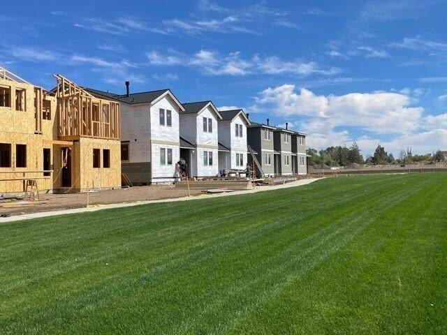 3710-Lot 20 NE Petrosa Avenue, Bend, OR 97701 (MLS #220131579) :: Arends Realty Group