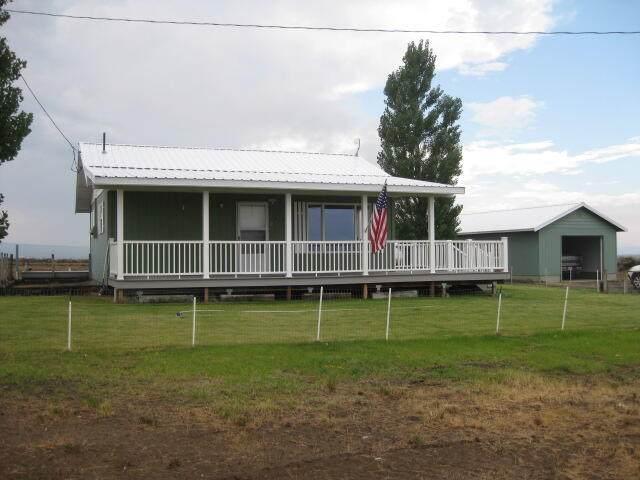 57891 Arrowhead Loop, Christmas Valley, OR 97641 (MLS #220131865) :: The Riley Group