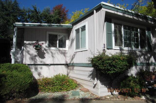 1055 N 5th Street Unit 151, Jacksonville, OR 97530 (MLS #220133954) :: The Ladd Group