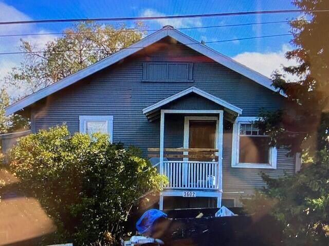 3602 Lakeport Boulevard, Klamath Falls, OR 97601 (MLS #220134012) :: Chris Scott, Central Oregon Valley Brokers