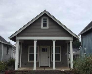 4340 SE Harborton Street, South Beach, OR 97366 (MLS #220134343) :: Berkshire Hathaway HomeServices Northwest Real Estate