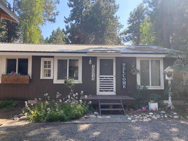 16913 Downey Road, Bend, OR 97707 (MLS #220134401) :: Fred Real Estate Group of Central Oregon