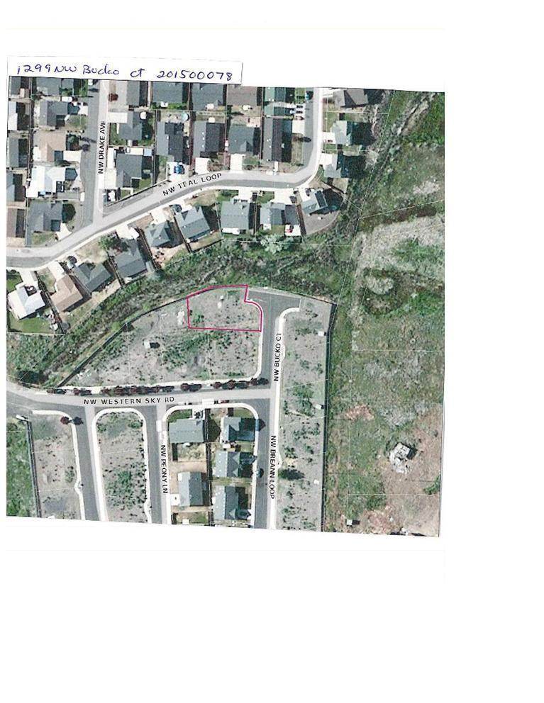 1299 NW Bucko Court, Prineville, OR 97754 (MLS #201500078) :: Birtola Garmyn High Desert Realty