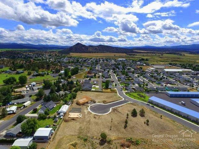 0 NE Black Bear Street Lot 5, Prineville, OR 97754 (MLS #201506428) :: Birtola Garmyn High Desert Realty