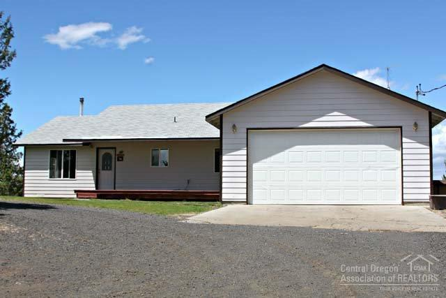 16559 SW Quail Road, Terrebonne, OR 97760 (MLS #201607966) :: Birtola Garmyn High Desert Realty
