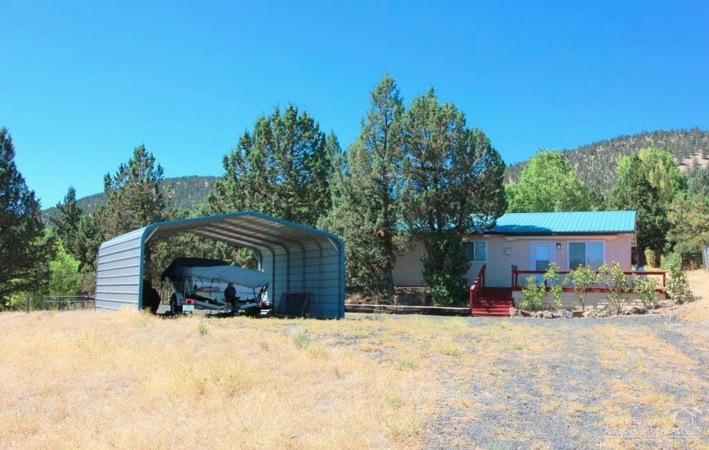 15015 SE Easy Street, Prineville, OR 97754 (MLS #201608718) :: Birtola Garmyn High Desert Realty