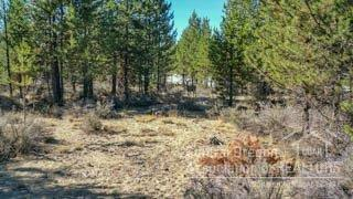 5 Beechwood Drive Lot, La Pine, OR 97739 (MLS #201609335) :: Birtola Garmyn High Desert Realty