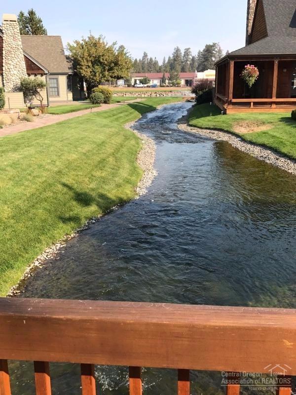 678 W St Helens Avenue, Sisters, OR 97759 (MLS #201709283) :: Windermere Central Oregon Real Estate