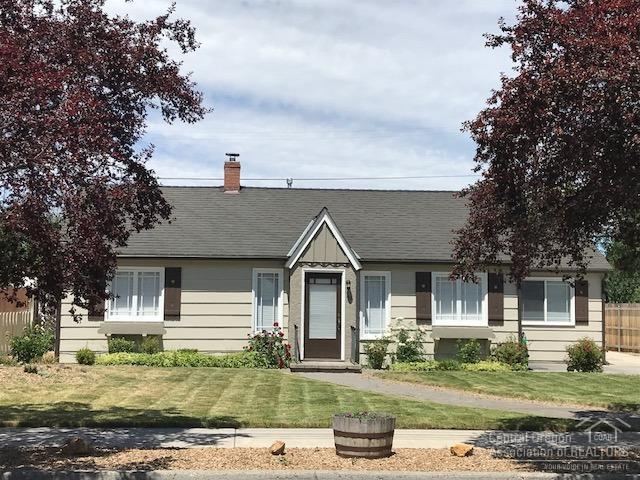 651 NW 2nd Street, Prineville, OR 97754 (MLS #201801473) :: Windermere Central Oregon Real Estate