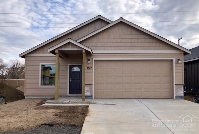 3002 NW Alder Place, Redmond, OR 97756 (MLS #201802445) :: Pam Mayo-Phillips & Brook Havens with Cascade Sotheby's International Realty