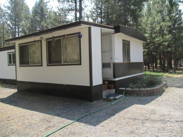 51850 Knobcone, La Pine, OR 97739 (MLS #201806412) :: Fred Real Estate Group of Central Oregon