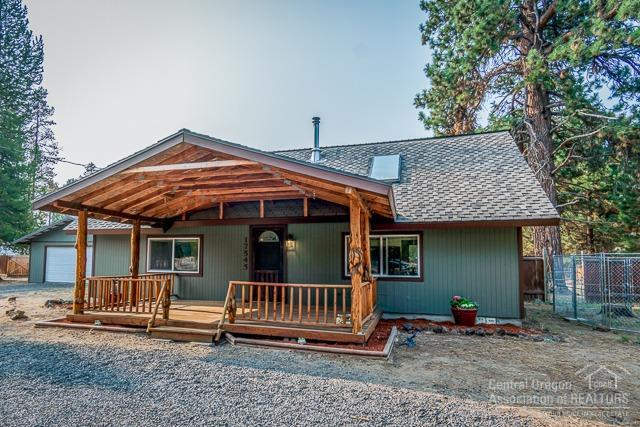 17545 Holgate Court, La Pine, OR 97739 (MLS #201808658) :: The Ladd Group