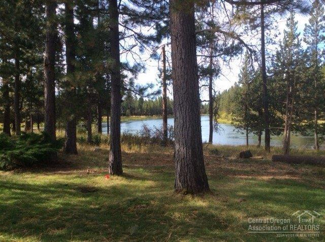 17681 Bittern Lane, Sunriver, OR 97707 (MLS #201901409) :: Stellar Realty Northwest
