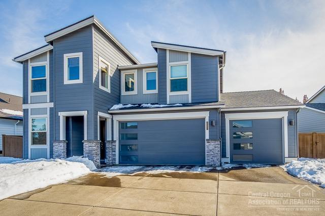 20893 SE Sunniberg, Bend, OR 97702 (MLS #201901876) :: Fred Real Estate Group of Central Oregon