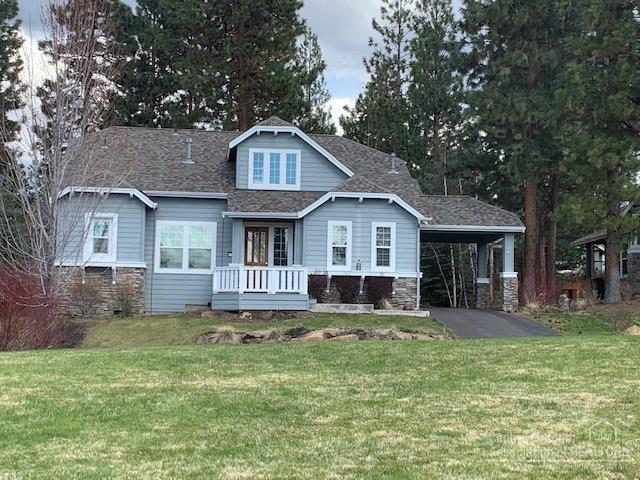 61504 Diamond Lake Drive, Bend, OR 97702 (MLS #201902975) :: Windermere Central Oregon Real Estate