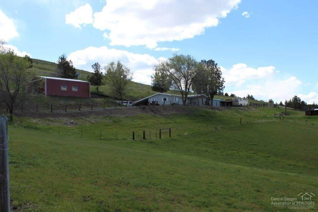27764 Picnic Creek Road - Photo 1