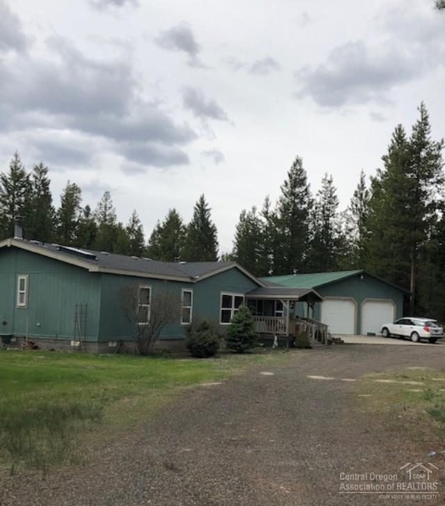 52895 Bridge Drive, La Pine, OR 97739 (MLS #201903585) :: Central Oregon Home Pros