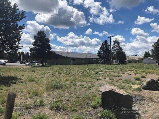 51450 Morson Street, La Pine, OR 97739 (MLS #201906001) :: Berkshire Hathaway HomeServices Northwest Real Estate