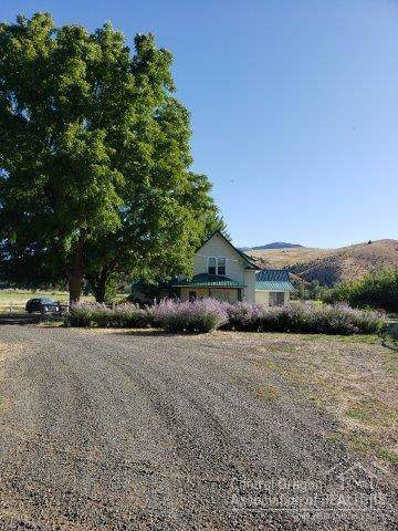59122 Hwy 26, Mt Vernon, OR 97865 (MLS #201909168) :: Bend Homes Now