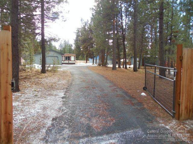 17661 Suza Court, La Pine, OR 97739 (MLS #202001075) :: Bend Relo at Fred Real Estate Group