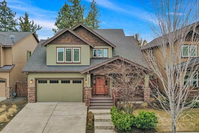 63003 Fresca Street, Bend, OR 97703 (MLS #202001447) :: Bend Homes Now