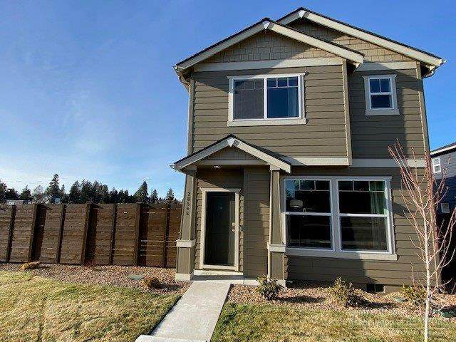 20546 SE Cameron Avenue, Bend, OR 97702 (MLS #202002834) :: Bend Homes Now