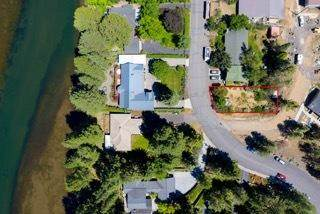 2332 NW Lakeside Place, Bend, OR 97703 (MLS #220101354) :: Bend Relo at Fred Real Estate Group