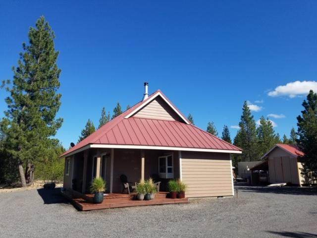123741 Muttonchop Street, Crescent Lake, OR 97733 (MLS #220101977) :: Bend Relo at Fred Real Estate Group