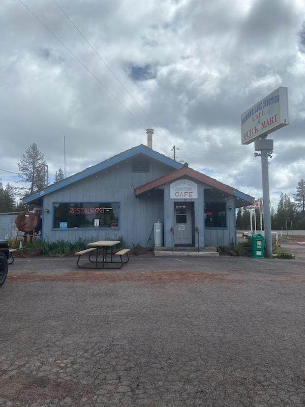 94401 Hwy 97, Chemult, OR 97731 (MLS #220102791) :: The Payson Group