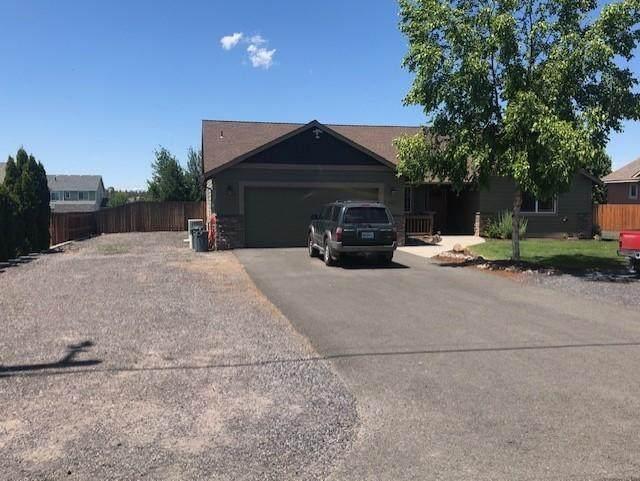 8963 15th Street, Terrebonne, OR 97760 (MLS #220104653) :: Berkshire Hathaway HomeServices Northwest Real Estate