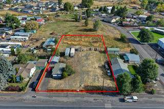 996 NW Madras Highway, Prineville, OR 97754 (MLS #220109316) :: Coldwell Banker Sun Country Realty, Inc.