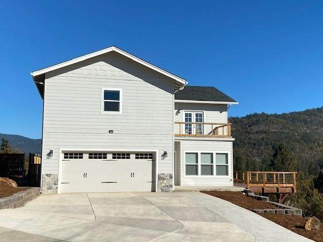 100 Oak Ridge Drive, Shady Cove, OR 97539 (MLS #220110694) :: Vianet Realty